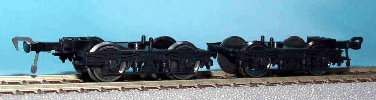 Fleischmann Bulleid 8ft coach bogies with footboards